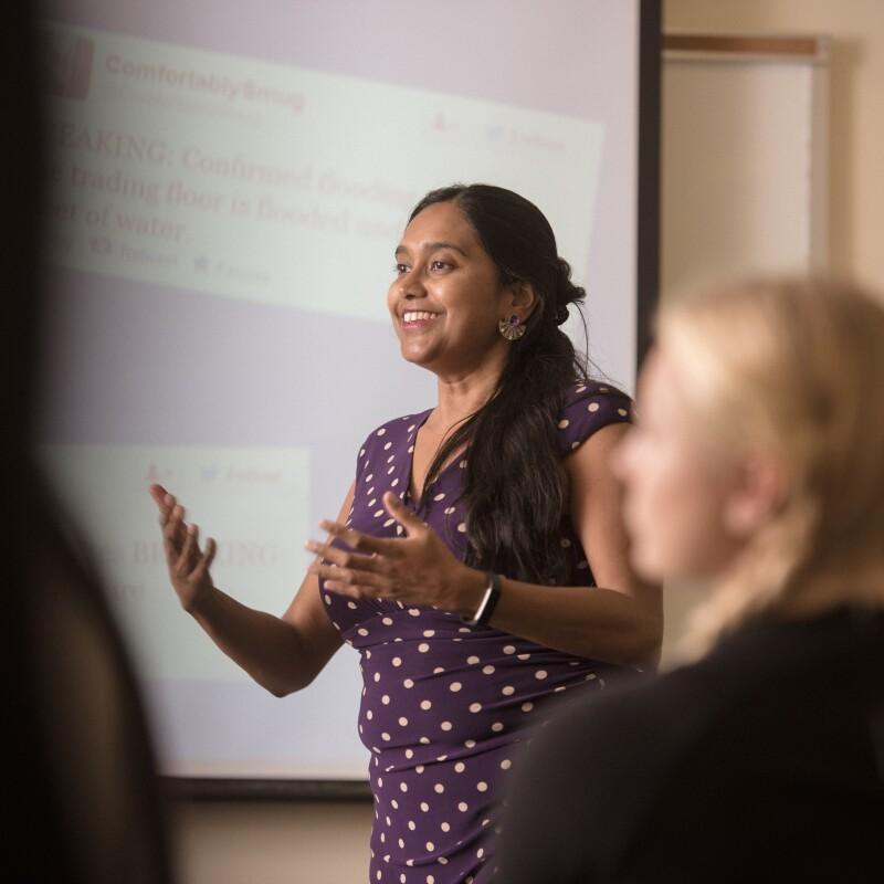 Woman-teaching-class