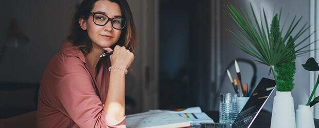 Woman-On-Laptop-Applying-For-School