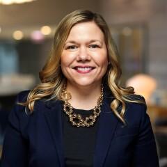 Lisa Farrar
